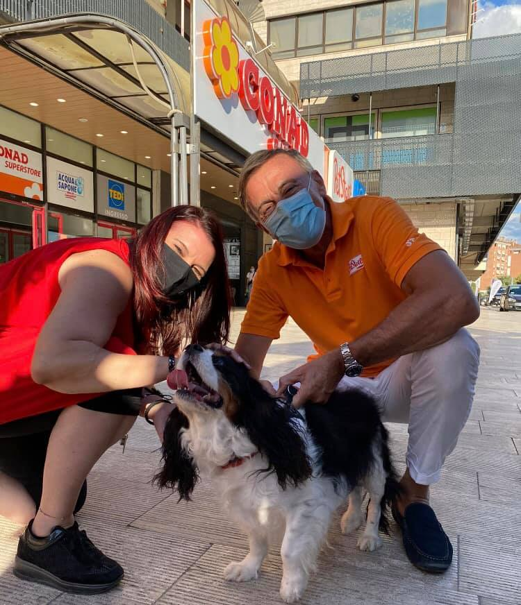 Trionfa l'amore al Pet Camper Tour - Agenzia Stampa